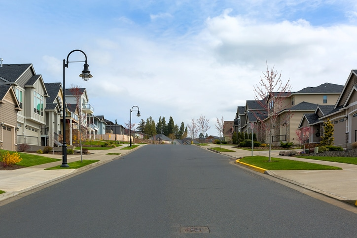 suburban homes in mn for buying investment properties